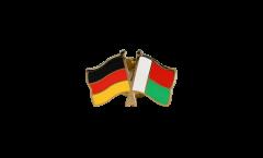 Pin's épinglette de l'amitié Allemagne - Madagascar - 22 mm