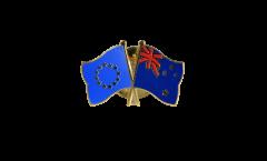 Pin's épinglette de l'amitié Europe - Nouvelle Zélande - 22 mm